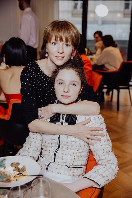 Ксения и Лидия Кутеповы